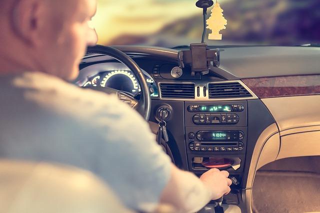 Ανανέωση και αντικατάσταση άδειας οδήγησης